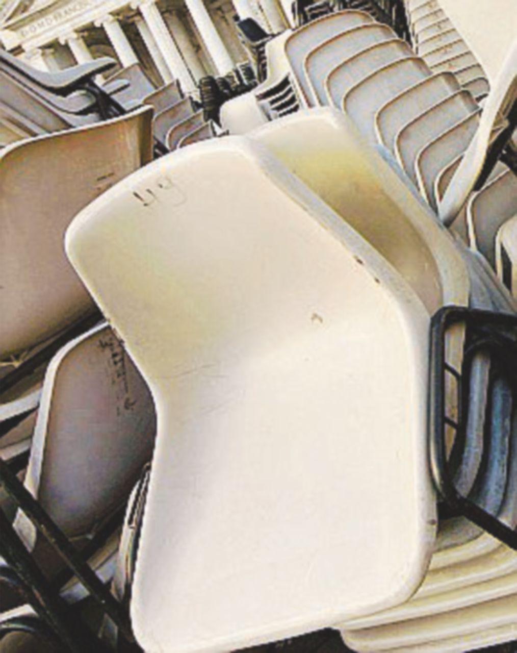 A Savona il dibattito è senza sedie