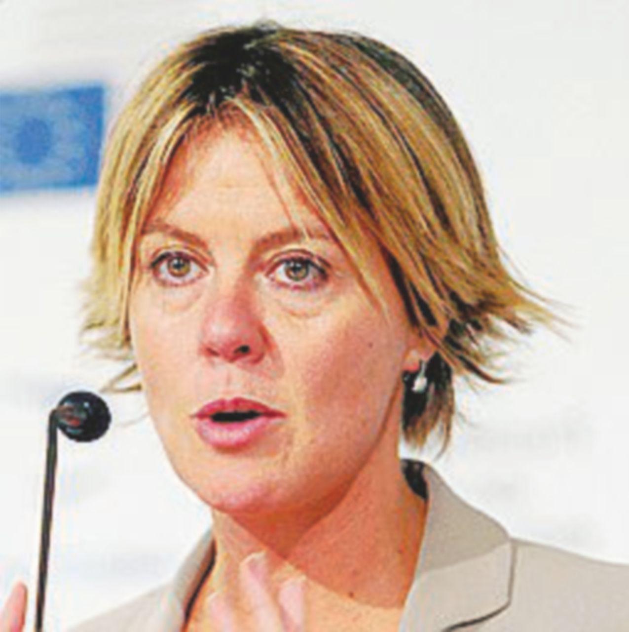 Decreto tutela cavalli, Lorenzin blocca il palio: Asti protesta
