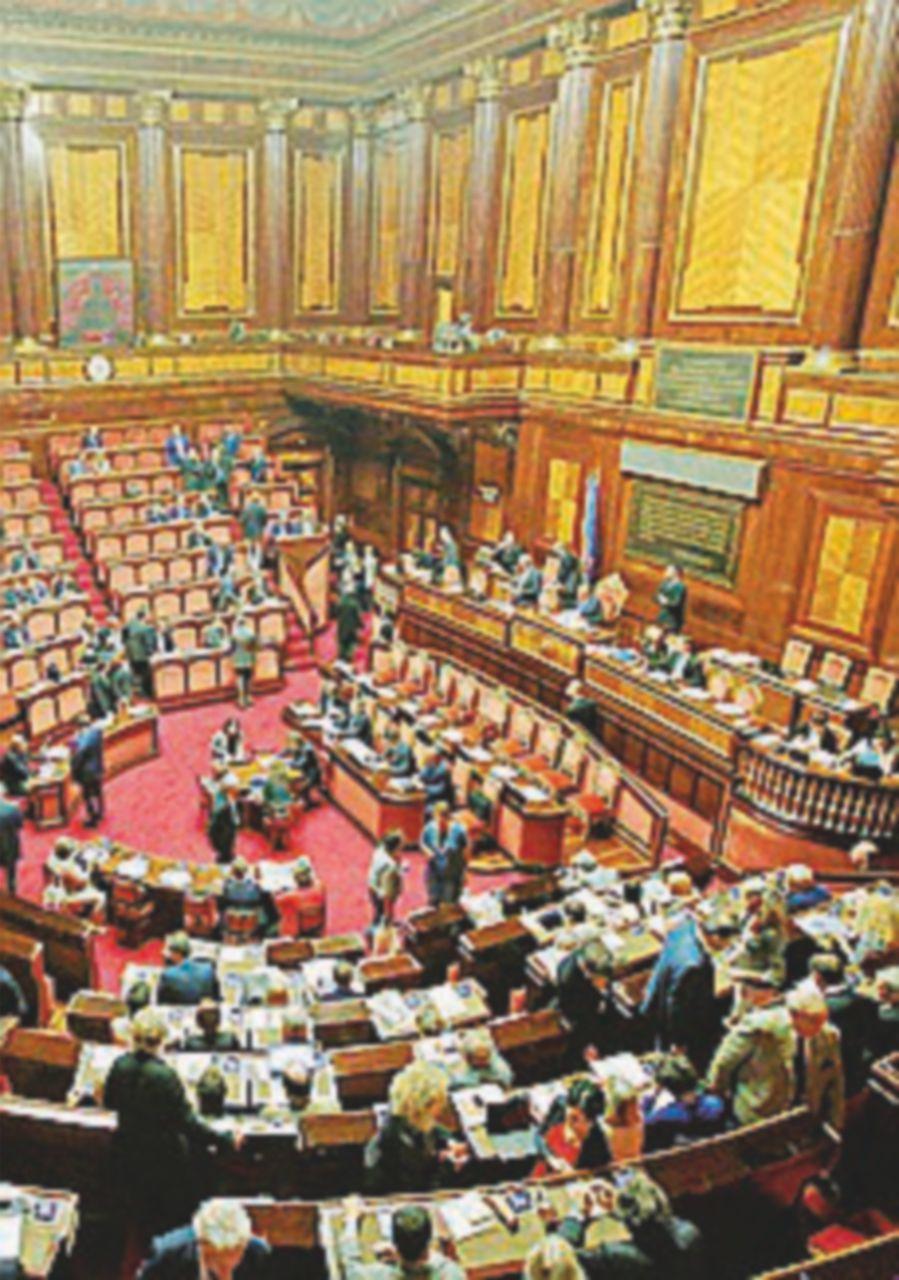 Il 21 settembre si vota la mozione anti-Italicum