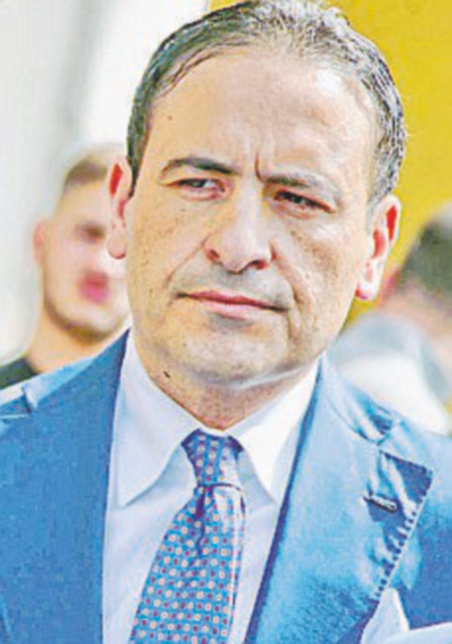 """""""Minacce mafiose alla cronista"""". Indagati il sindaco e il boss"""