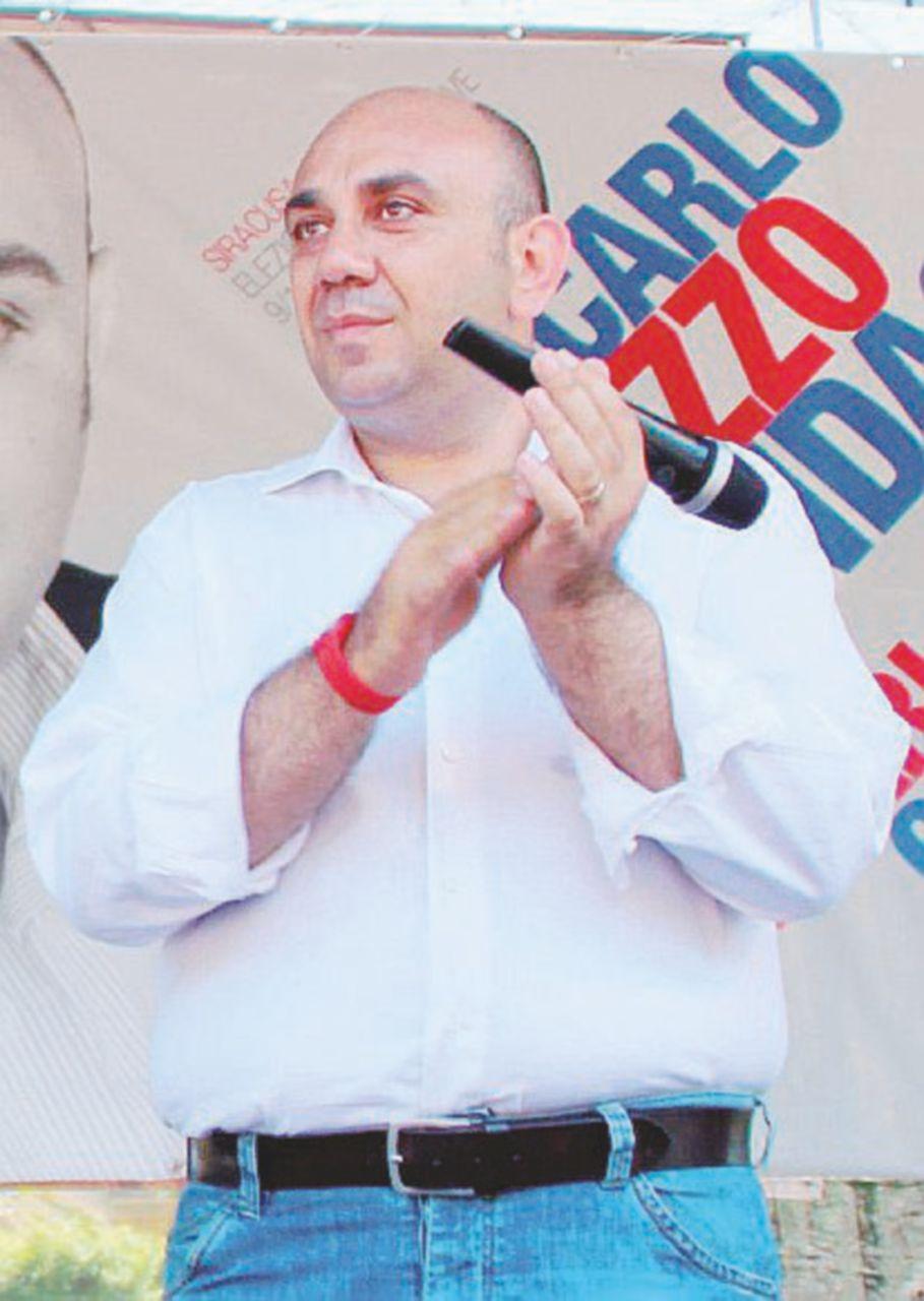 """Siracusa, sindaco renziano attacca: """"Nel Pd c'è chi ha rapporti coi clan"""""""