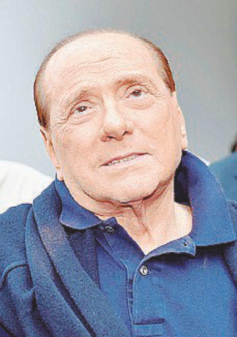 Berlusconi e Lavitola, prescritti e colpevoli (secondo l'accusa)