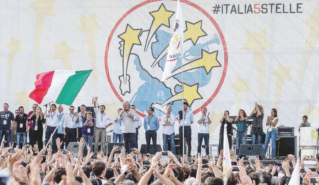 La svolta grillina sul sistema elettorale: sì alle alleanze oppure mai a Palazzo Chigi