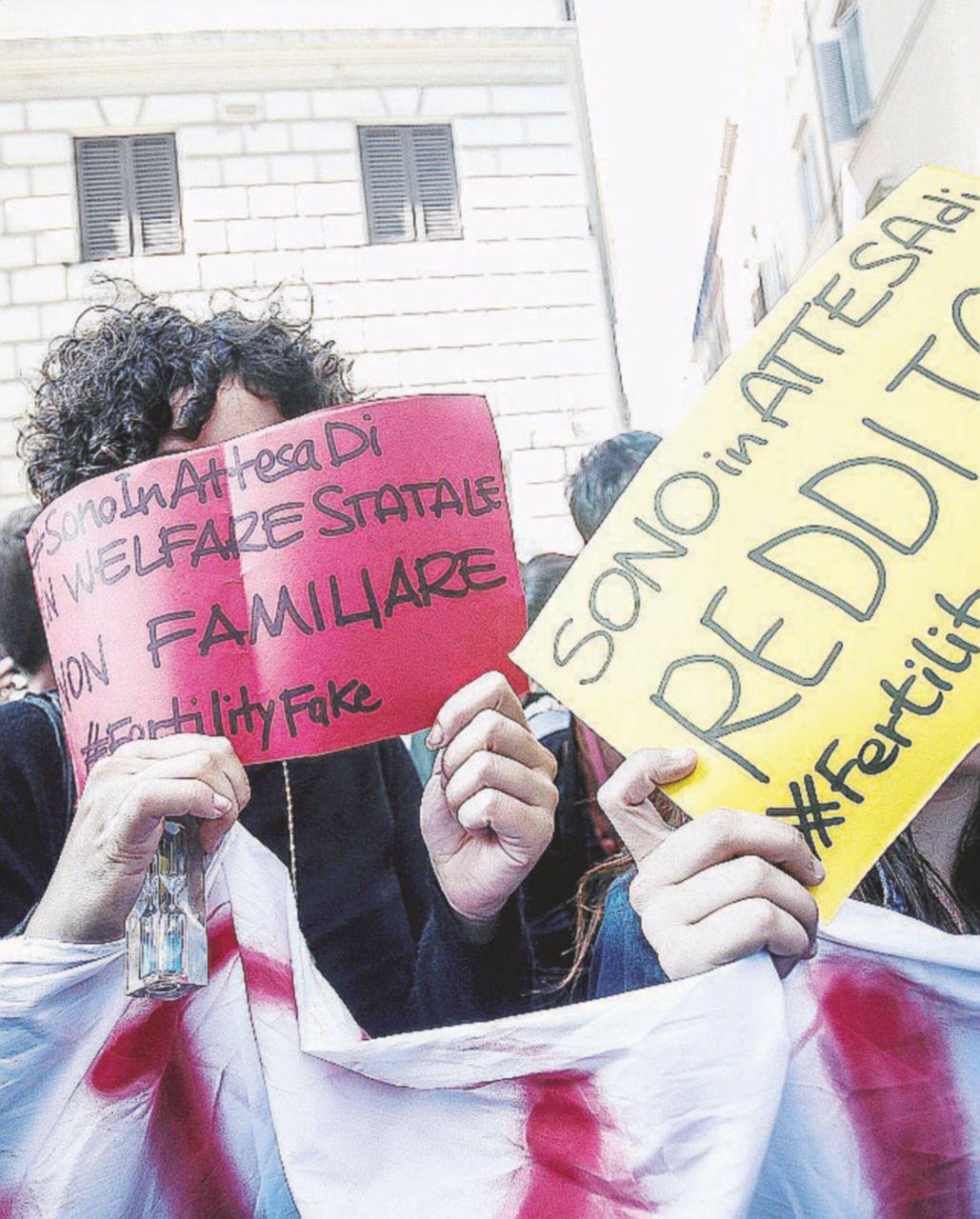 """""""Errori tecnici"""" e scaricabarile Lorenzin, lo show continua"""