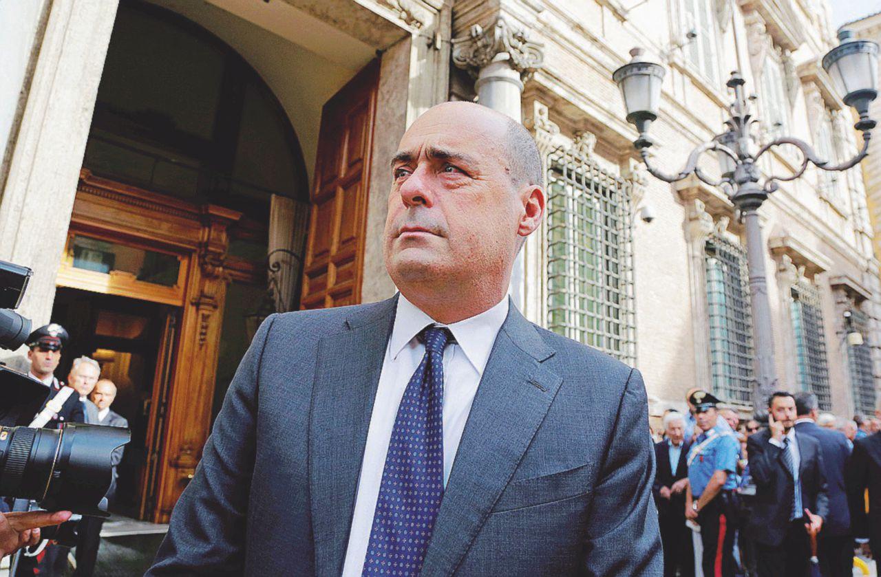 L'uomo di Zingaretti alle Asl imputato per falso e abuso