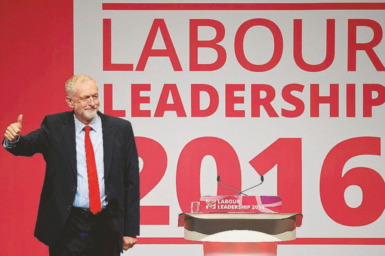 Corbyn che vince cambia tutto (per resistere)