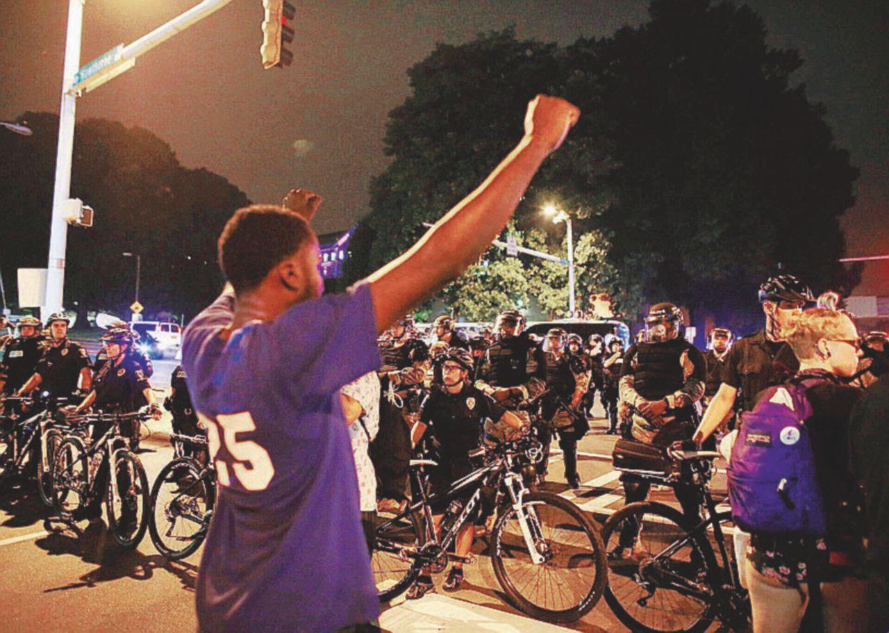 Omicidi in aumento dopo 20 anni. Chicago la città più violenta