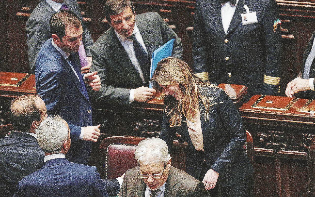 Sul Fatto del 27 settembre: Renzi ci fa votare con l'Austria e cerca i soldi per gonfiare i Sì