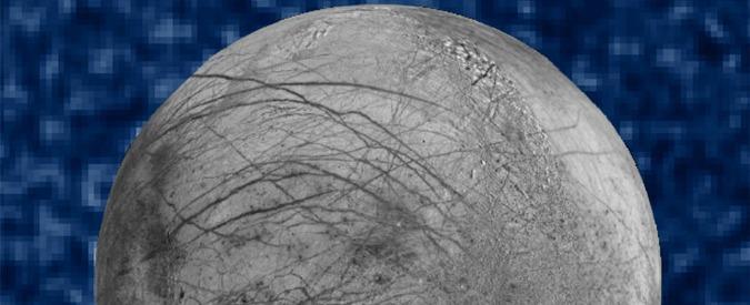 """Giove, sulla luna Europa geyser di vapore acqueo fino a 200 chilometri di quota. """"Così è più facile trovare vita aliena"""""""