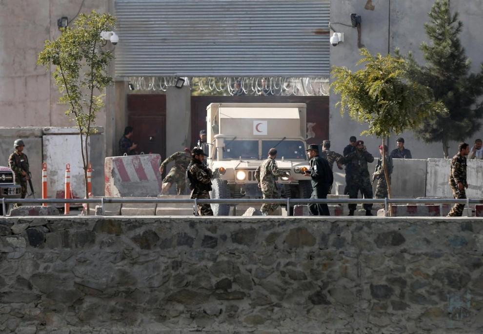 Afghanistan: governo, uccisi i 4 terroristi, un civile morto