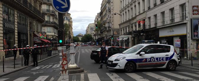 """Parigi, operazione anti-terrorismo nella zona di Les Halles. """"Falso allarme"""""""