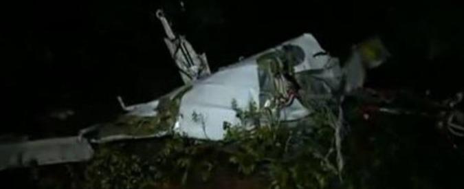 Precipita aereo privato in Macedonia, morti sei cittadini italiani