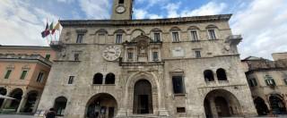 Terremoto Centro Italia, transennato il Palazzo dei capitani del popolo a Ascoli Piceno