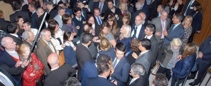 Referendum costituzionale, la missione farlocca di Boschi a caccia di italiani all'estero