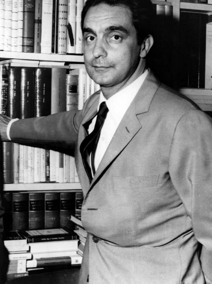 """Italo Calvino, il 19 settembre 1985 moriva il grande scrittore: """"E l'Italia mise il lutto, come se fosse morto un amato principe"""""""