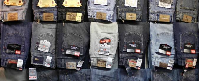 Rifiuti e capi contraffatti: 'Tracciami e di salute saziami'
