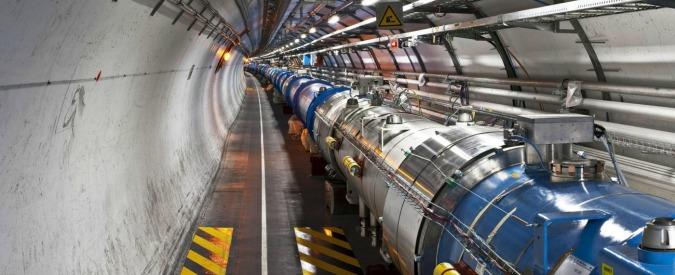 Fisica, ipotizzato un nuovo bosone: si chiama Madala e interagisce con la materia oscura