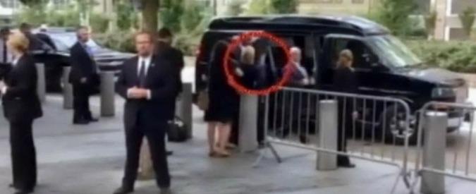 """Usa, Clinton si sente male alla cerimonia per l'11 settembre. Medico: """"Disidratata dalla polmonite"""""""