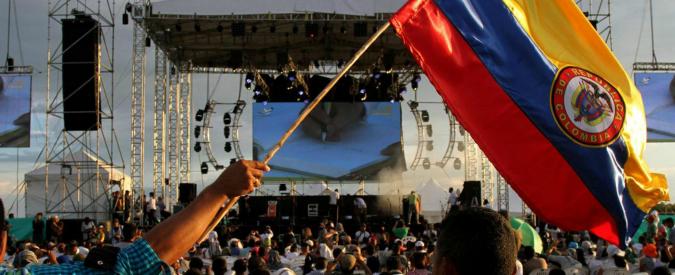 """Colombia, accordo storico tra il governo di Bogotà e le Farc. Santos: """"La firma rappresenta la fine del conflitto"""""""