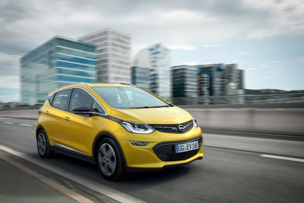 Opel Ampera-e: l'elettrica dei record