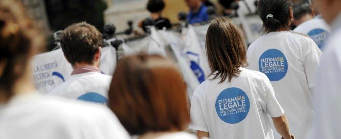 Eutanasia e testamento biologico, plebiscito iscritti M5s: vince il sì alle proposte di legge
