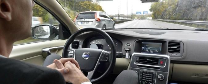 Guida autonoma, le automobili del futuro seguiranno le leggi della robotica?