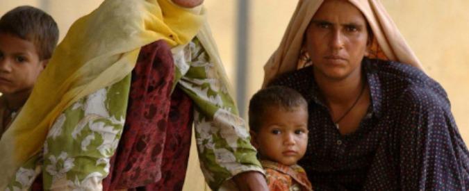 India, contrabbando di esseri umani: il 2015 è anno record. Molte giovani donne rivendute ai bordelli