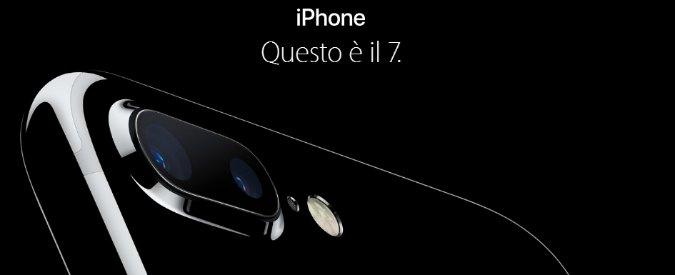 iPhone 7, il nuovo smartphone: due fotocamere, resistente all'acqua e alla polvere. E GoPro crolla: -4,53%