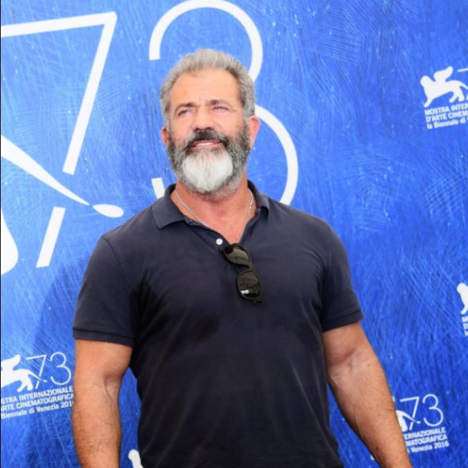 """Venezia 73, il ritorno di Mel Gibson con Hacksaw Ridge e il suo soldato pacifista: """"Odio le guerre, ma bisogna omaggiare i guerrieri"""""""