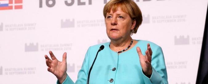 """Commerbank verso licenziamento di 9mila dipendenti. Stampa tedesca: """"Piano di riduzione dei costi da 1 miliardo"""""""