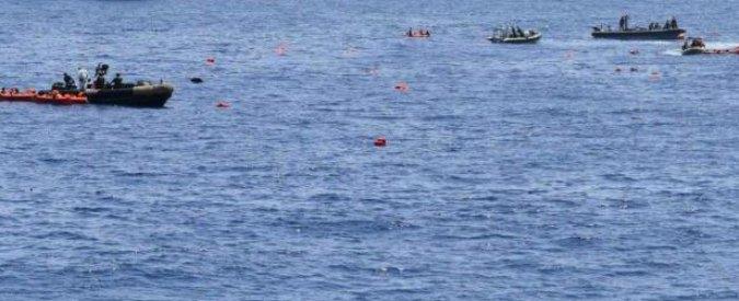 """Migranti, Egitto: """"Barcone naufraga con oltre 600 persone a bordo. Almeno 43 morti"""""""