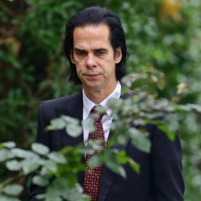 """Nick Cave, il suo """"Skeleton Tree"""" è puro dolore. Un album tragico, come solo l'elaborazione della perdita di un figlio può esserlo"""