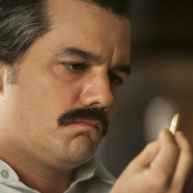 Narcos 2, i 15 peggiori errori della serie secondo il figlio di Pablo Escobar