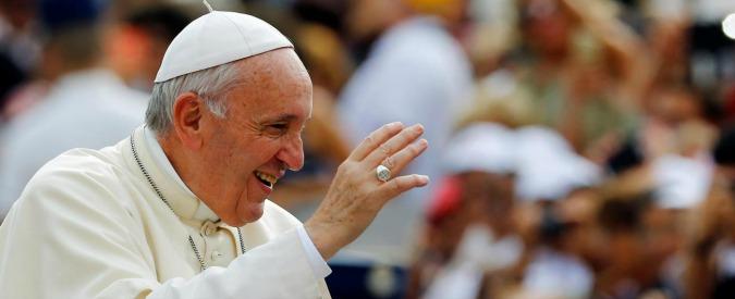 """Papa Francesco: """"Ascoltiamo il grido della terra, distesa di sporcizia. Cambiamenti climatici causano migranti forzati"""""""