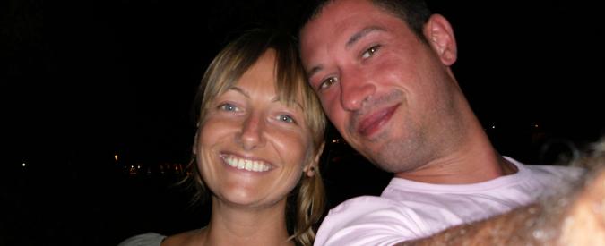Donna uccisa a Parma: quattro coltellate, poi il corpo coperto con un lenzuolo. Si valuta la premeditazione per l'ex