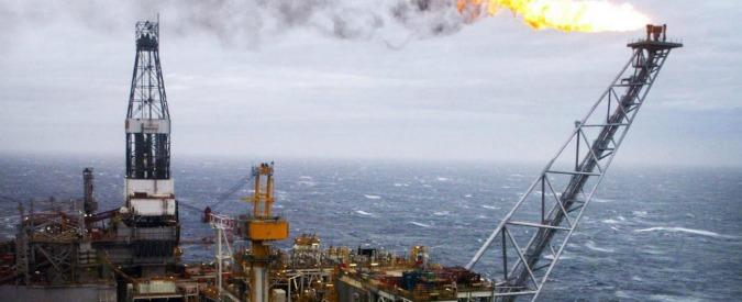 Petrolio, l'Opec verso il vertice di Algeri ancora senza accordo su congelamento produzione. E la domanda scende ancora