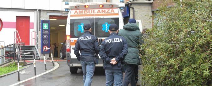 Pisa, trenino dei turisti si ribalta nella zona della Torre: otto passeggeri feriti