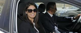 Roma, Raggi fotografata mentre fa la spesa con auto di servizio: ma è obbligata a spostarsi con la tutela