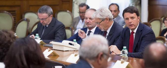 """Legge di bilancio, Renzi: """"Sbloccare i contratti della pubblica amministrazione. Contributi per le pensioni minime"""""""