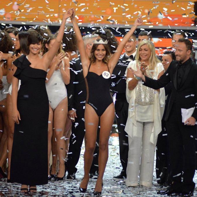 Miss Italia 2016, Rachele Risaliti batte Paola Torrente. Ma è polemica in diretta sulle curvy