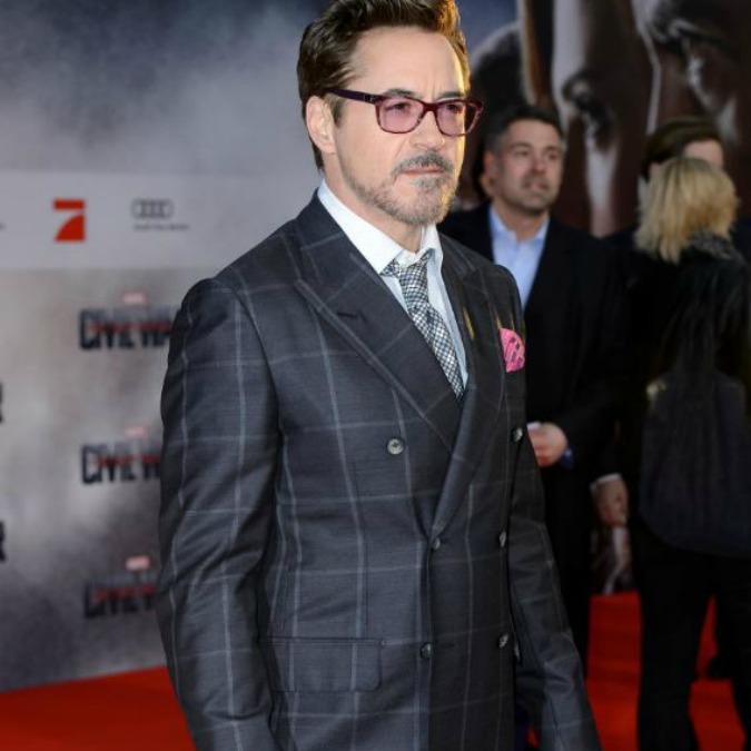 Elezioni Usa 2016, 'Hollywood contro Trump' nel video con Robert Downey Jr., Scarlett Johansson e Mark Ruffalo
