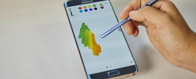 Galaxy Note 7, Samsung ferma la distribuzione. Segnalati 35 casi di esplosione dovuti a problemi di batteria