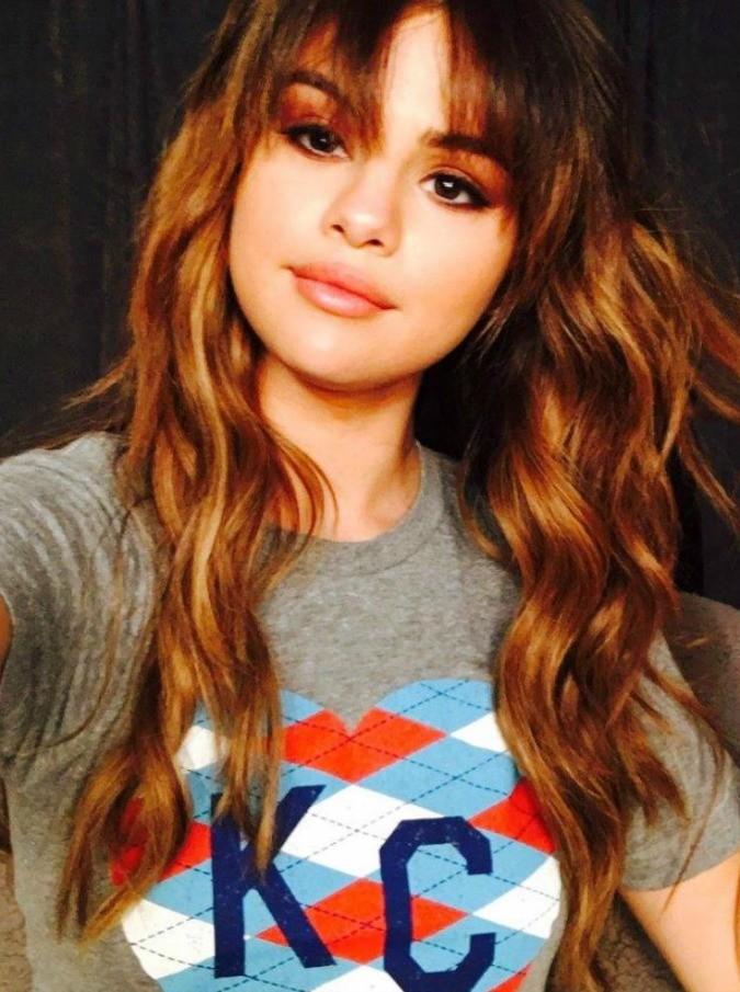 Selena Gomez, crollo emotivo per la giovane popstar ricoverata in una clinica psichiatrica