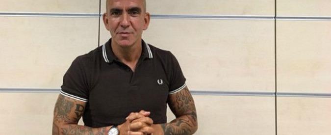 Paolo Di Canio cacciato da Sky dopo la polemica sul suo tatuaggio fascista (che però è lì da anni) – VIDEO