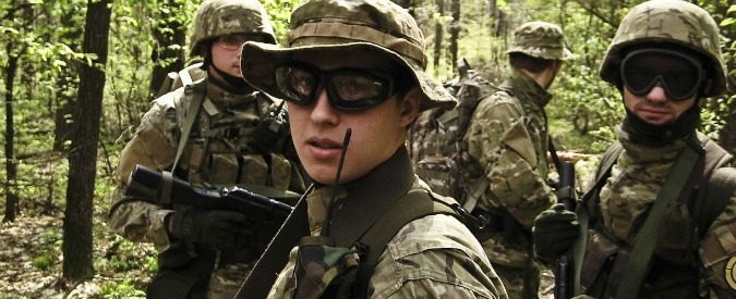 Softair, che senso ha far giocare alla guerra i ragazzi?
