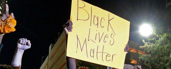 Sparatoria San Diego, polizia uccide 30enne afroamericano disarmato