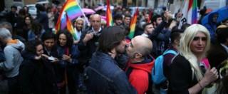 Unioni civili, a Finale Emilia si celebrano di nascosto: sala chiusa al pubblico, niente scambio di fedi e fascia tricolore