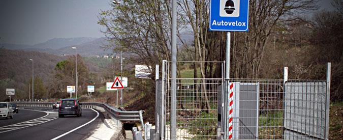 Veneto, cerca di farsi togliere la multa presa con l'autovelox: si dimette capogruppo M5S in Regione