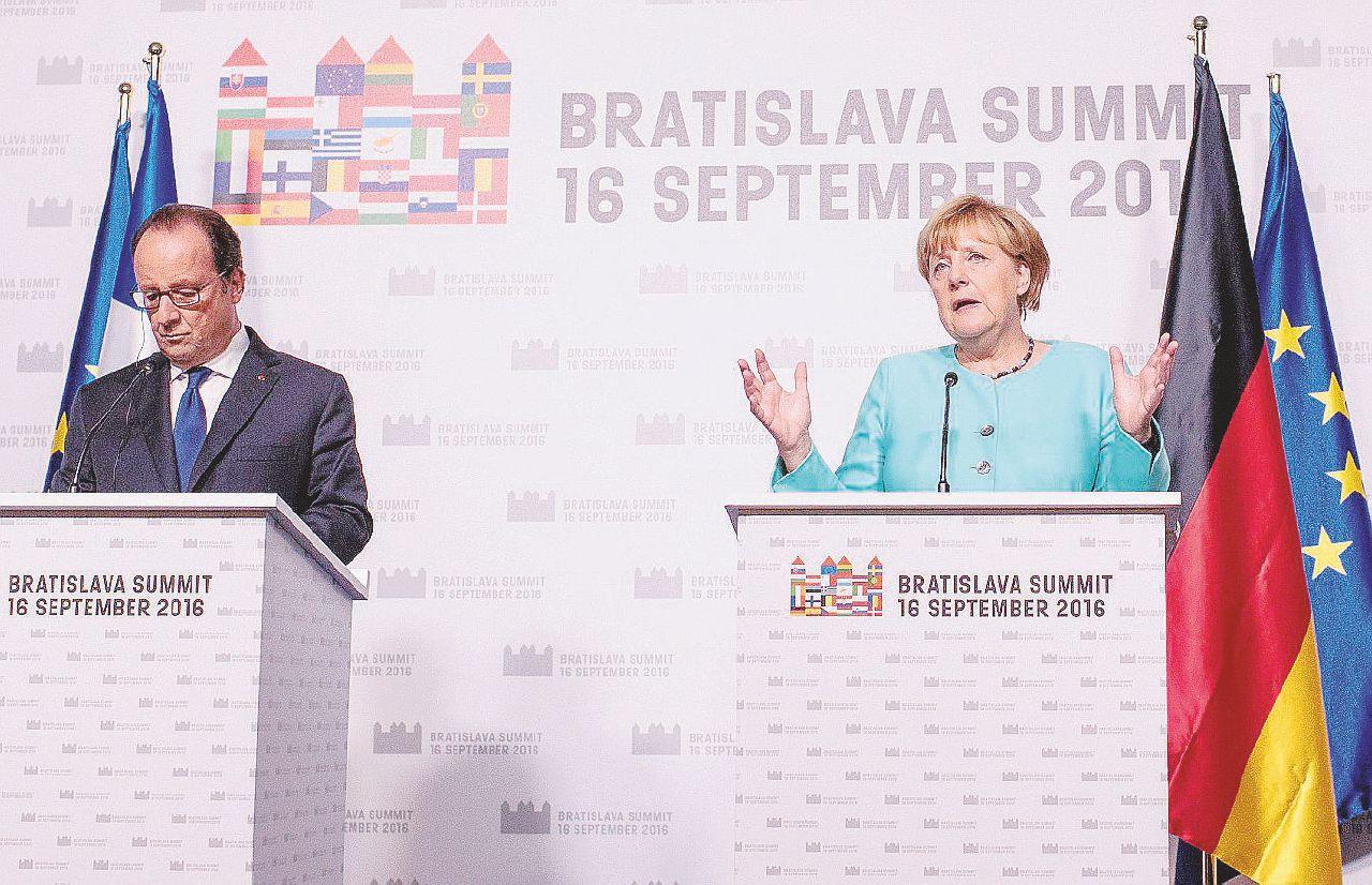In Edicola sul Fatto Quotidiano del 17 settembre: Summit Ue di Bratislava, rottura  con gli altri leader