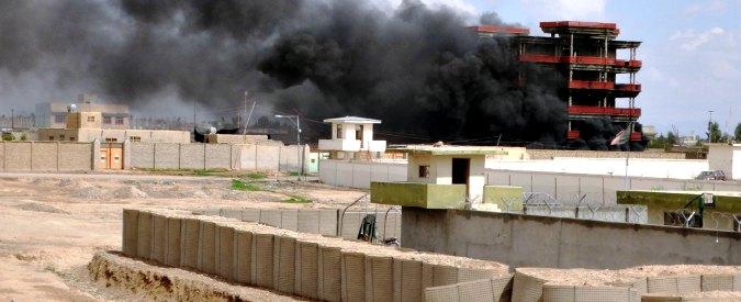 Afghanistan, Lashkar-Gah sotto assedio. Emergency: 'Razzi vicino nostro ospedale. Armi ai talebani dall'esercito regolare'